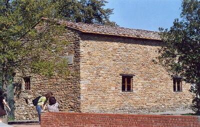 Leonardo Da Vinci Haus see where da vinci grew up and the landscape that inspired him